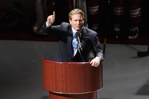 Chicago Blackhawks: Jeremy Roenick Hall-Worthy, but Steve Larmer Also Belongs