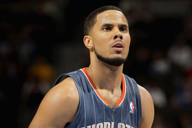 Charlotte Bobcats: Letting D.J. Augustin Walk Is the Best Option