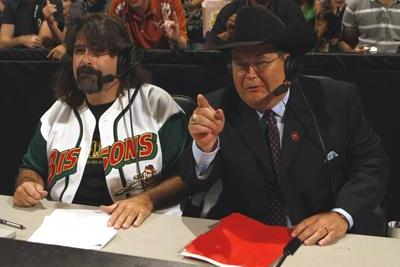 WWE: Jim Ross Should Return to Announcing Duties Full Time