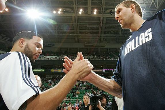D-Will as a Mav? Dirk Says It's '50/50' Scenario