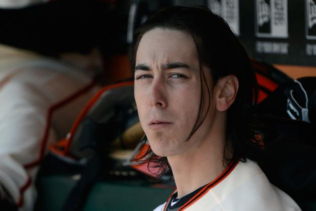 SF Giants' Tim Lincecum Changes His Signature