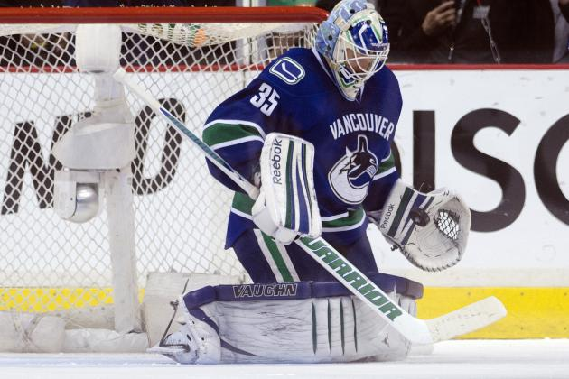 Vancouver Canucks Changing of the Guard – Cory Schneider Signs
