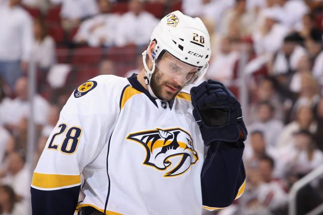 Predators Re-Sign Gaustad