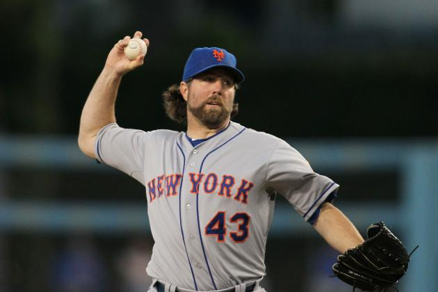 New York Mets: Why R.A. Dickey and Johan Santana Are Baseball's Best Duo