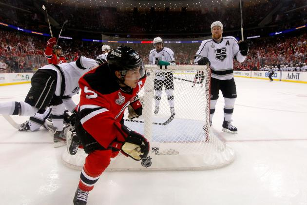 NHL Free Agency 2012: Why Zach Parise's Best Bet Is to Stay with the Devils