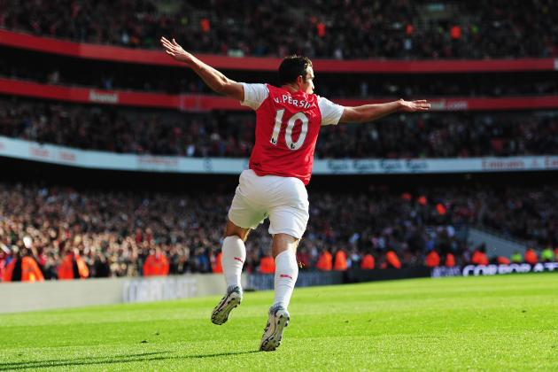 Robin Van Persie: Why Arsenal's Star Striker Won't Exit the Emirates This Summer