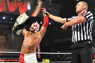 WWE Money in the Bank: Why Rey Mysterio Should Return in the WWE Tile Shot Match