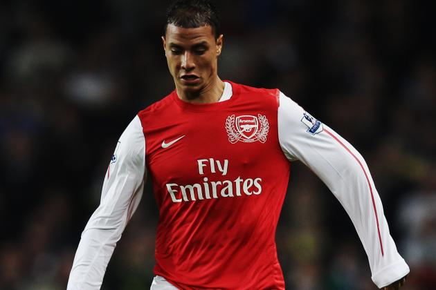Fiorentina Lodge Bid for Arsenal's Marouane Chamakh