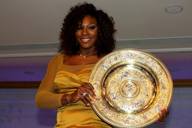 Serena Jokes About Selling Serve at Champs Dinner