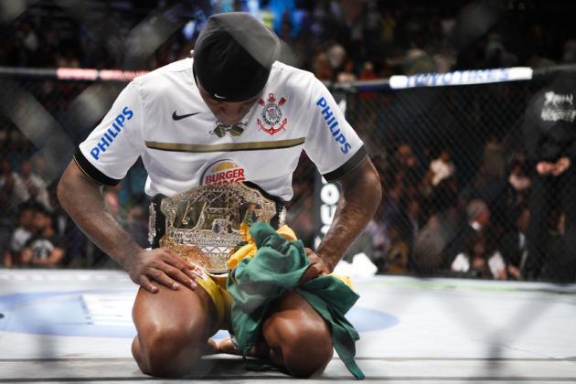 Anderson Silva vs. Chael Sonnen: A Silva Win or a Sonnen Mistake?