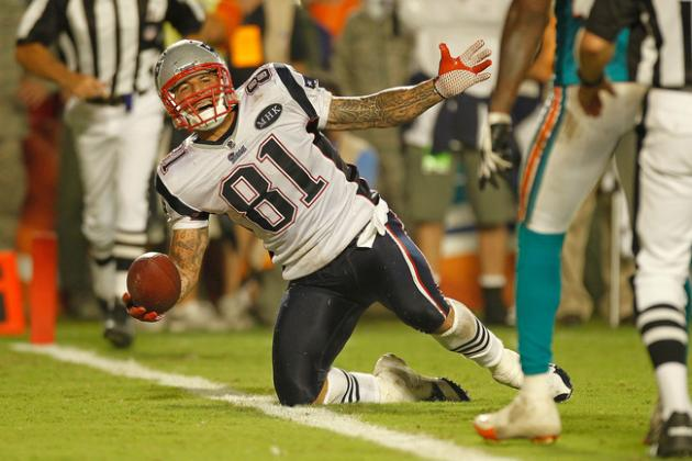 New England Patriots: Aaron Hernandez, Tight End or Wide Receiver?