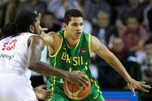Dallas Mavericks Approach Brazilian Big Man Rafael Hettsheimeir