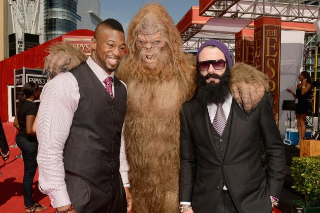 Brian Wilson ESPYs 2012: Giants Closer Outdoes Himself by Taking Sasquatch Date