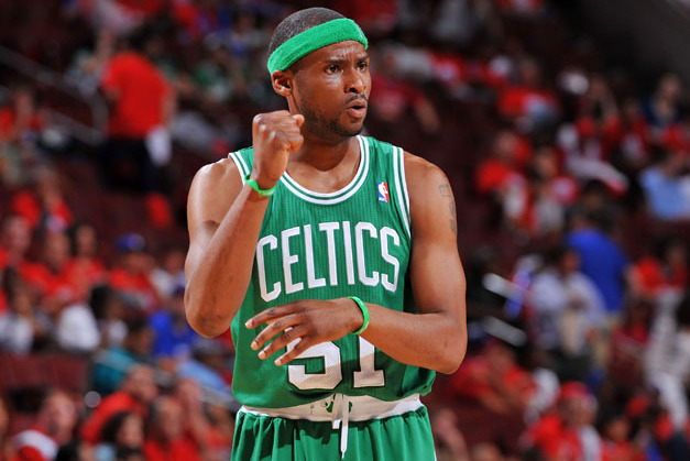 Should the Boston Celtics Consider Re-Signing Keyon Dooling?
