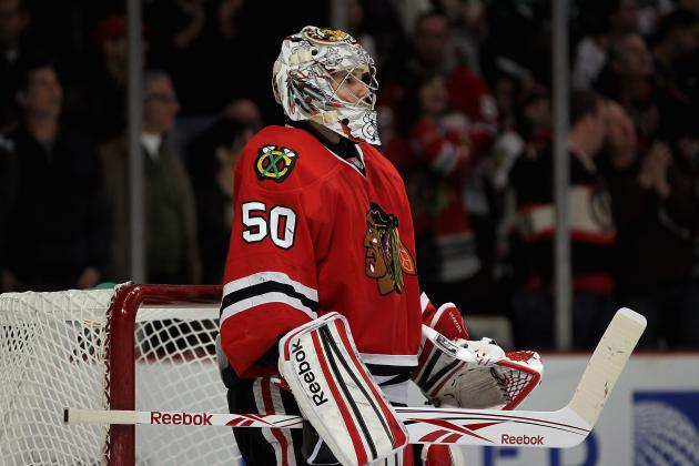 Chicago Blackhawks: Is Management Behind Corey Crawford?