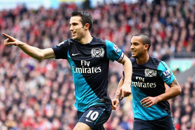 Arsenal Transfers: Robin Van Persie's Going, How About Theo Walcott?