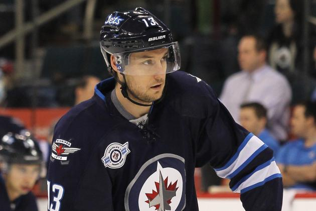 Winnipeg Jets Re-Sign Kyle Wellwood and Paul Postma