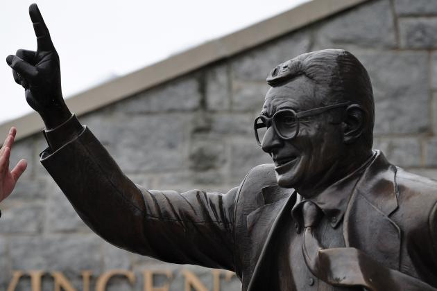 Joe Paterno Statue Will Reportedly Remain Standing at Penn State