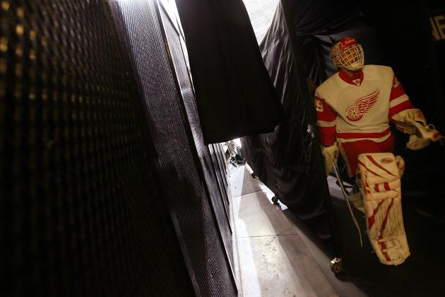 NHL Free Agency 2012: Is Dominik Hasek an Option for the Leafs Goaltending Woes?