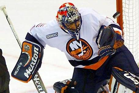 Could the New York Islanders Be a Possibility for Roberto Luongo?