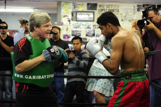 Amir Khan: 'King Khan' Would Be Making Bad Move Leaving Trainer Freddie Roach