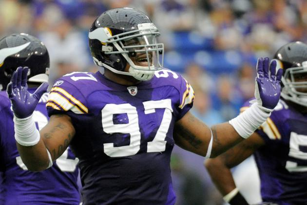 Minnesota Vikings: Moving Everson Griffen to Linebacker Will Help the Team