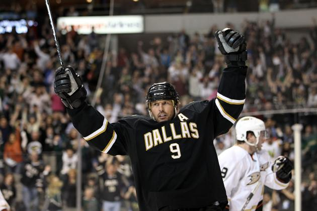 Could Mike Modano Be Contemplating a Return to the NHL?
