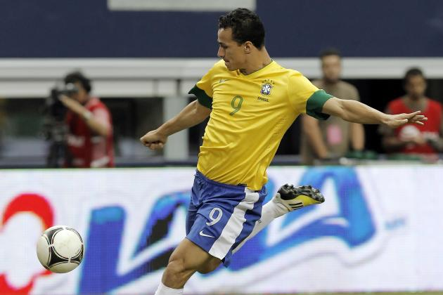 AC Milan Transfer Talk: Leandro Damiao Is the Best Fit of the Linked Forwards