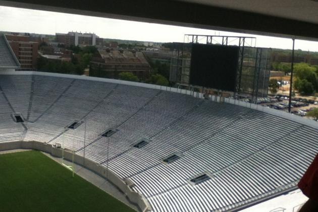 Big Ten Football Tweets of the Week: Michigan State's Video Boards Are Coming
