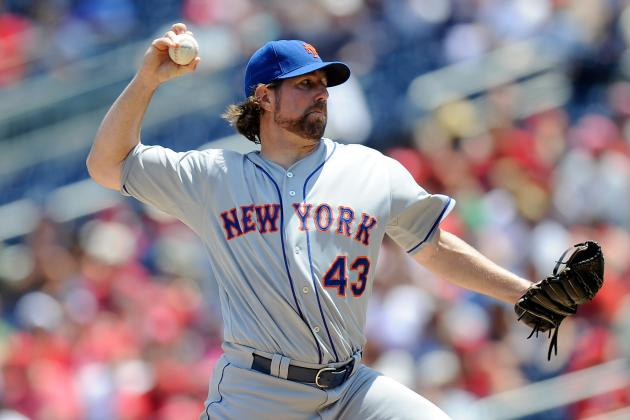 R.A. Dickey's 2012 Season Reminiscent of Tom Seaver's 1970 Campaign