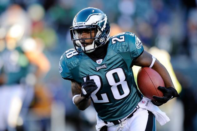 Charges Dropped Against Eagles Backup RB Lewis, but Rookies Present New Threat