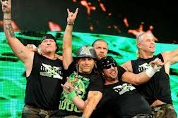 WWE: Should DX Be Reinvented for the New Generation?