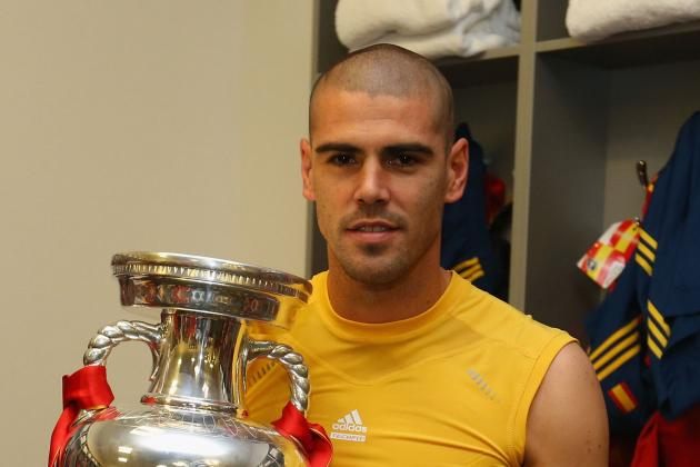 FC Barcelona: Why Victor Valdes Should Not Back Iker Casillas for Ballon D'Or