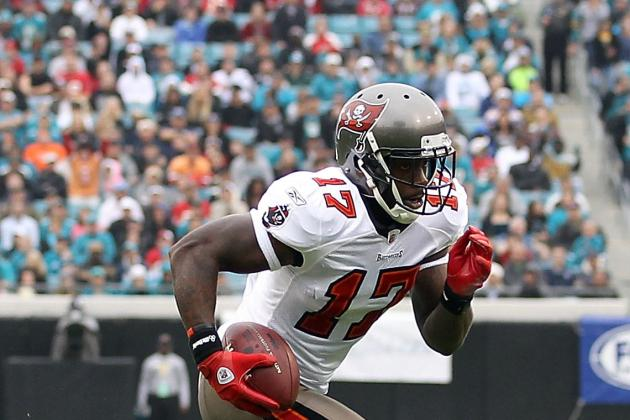 Arrelious Benn Sprains MCL on First Day of Tampa Bay Buccaneers Camp
