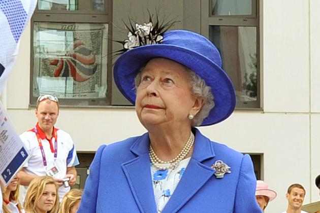 Olympic Hits: The Queen, Seacrest, Beckham, McCartney and Swimming