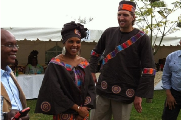 Dallas Mavericks: Photos Surface from Dirk Nowitzki's Kenyan Wedding