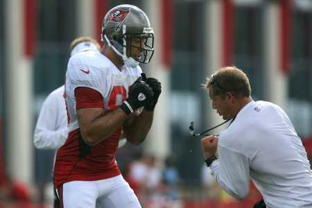 Buccaneers Training Camp Day Two: Vincent Jackson Puts on a Show