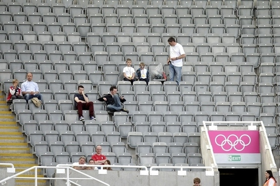 Olympics 2012: Empty Seats in London Don't Mean Attendance Has Suffered