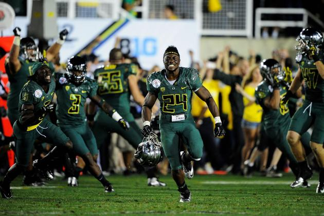 Oregon Football: Coaches Tab Ducks No. 5 Team in the Nation in First Poll