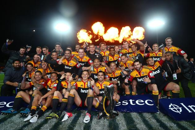 Super Rugby: Chiefs Beat Travel-Weary Sharks in One-Sided Final