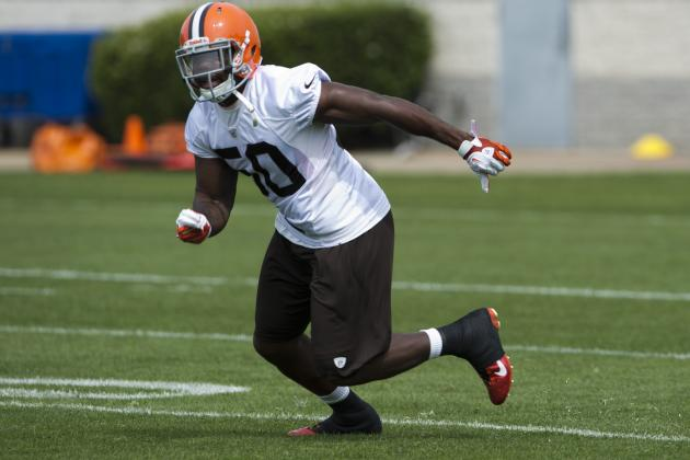 Spotlight Now on Rookie Linebackers in Cleveland Browns' Defense