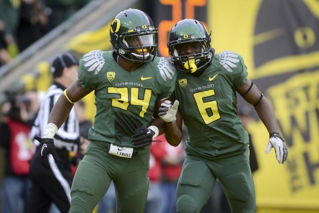 De'Anthony Thomas and Kenjon Barner Both Named to Paul Hornung Award Watch List