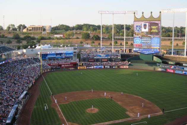 Kauffman Stadium: A Trip to Kansas City's Old Faithful