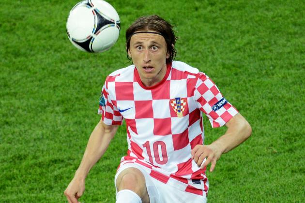 Luka Modric Will Stay at Spurs Unless Big Offer Arrives, Insists AVB