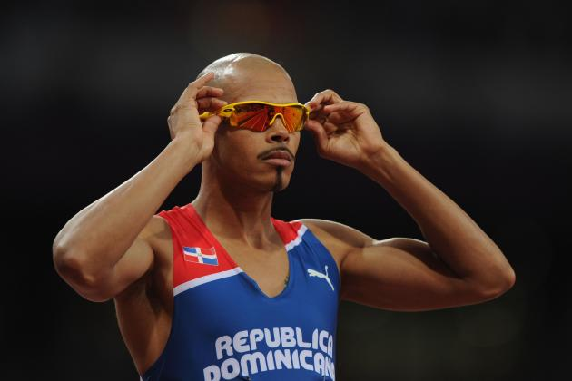 2012 Olympics: Felix Sanchez Takes Gold in the 400 Meter Hurdles