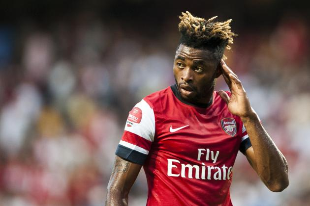 Barcelona Transfer News: Why Blaugrana Must Land Alex Song