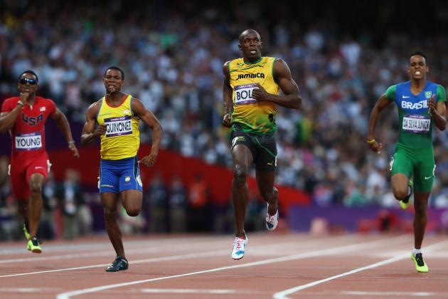 Usain Bolt Jogs His Way to Victory in His 200-Meter Semifinal Heat