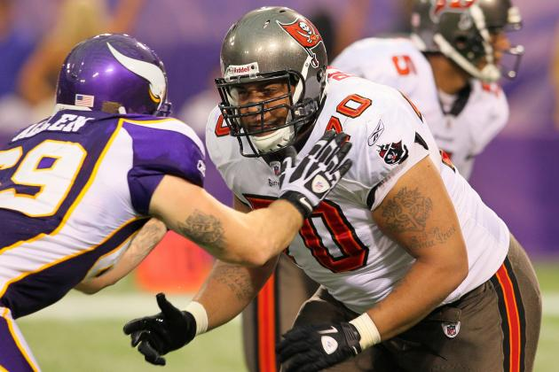 NFC South Morning Jog: LT Donald Penn Close to a Return to the Buccaneers
