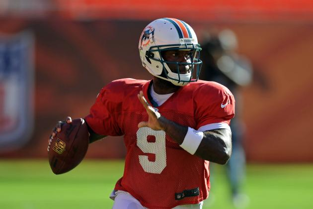 What David Garrard's Knee Surgery Means for Miami Dolphins Quarterback Race