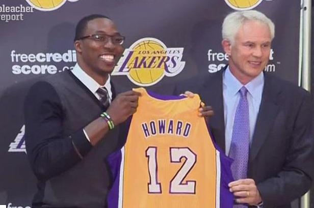 First Look at Dwight with Lakers Jersey